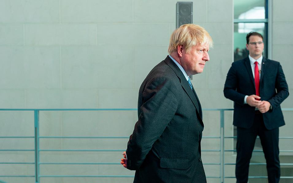 Boris Johnson contra las cuerdas