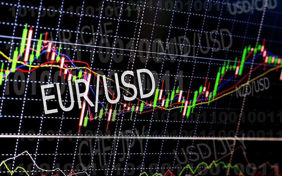 El par EUR / USD en niveles más bajos del año